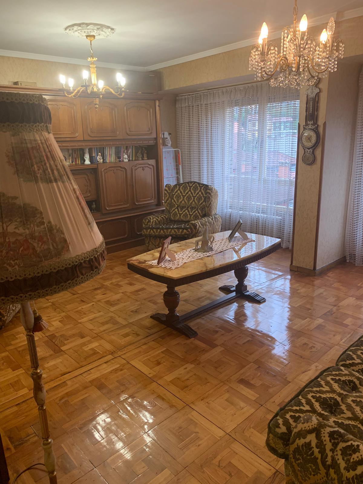Amplio piso en Sama – José Bernardo