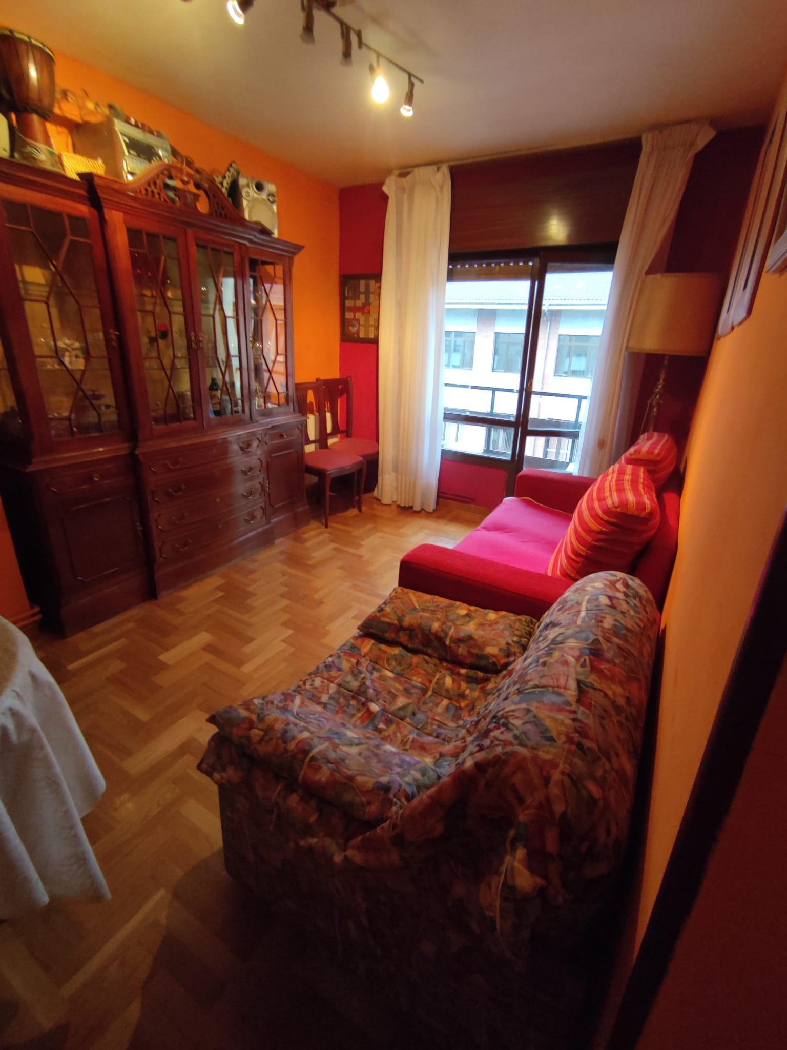 Económico piso en El Entrego – Manuel Glez Vigil